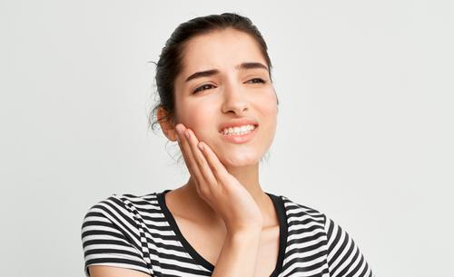 bruxismo-dolor-que- es-blog-clinica-dental-cartagena-www.dentalpenalver.com