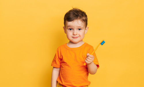 como-hacer-una-limpieza-bucal-www.dentalpeñalver.com